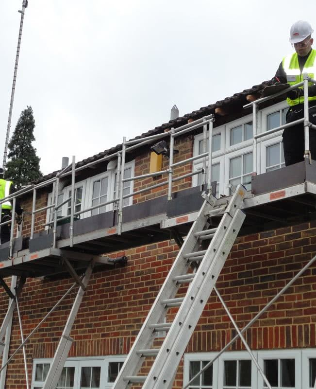 removing fascias and soffits using our Easi-dec access equipment